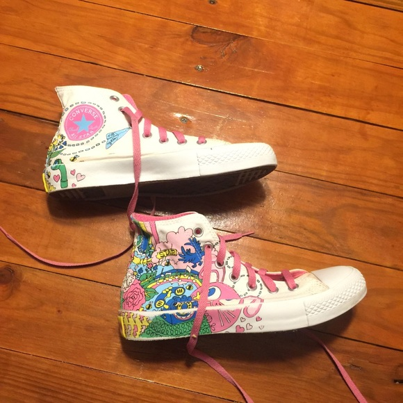 4964a7763bee Converse Shoes - CONVERSE Doodle Scribble Art Sneakers Size 7.5